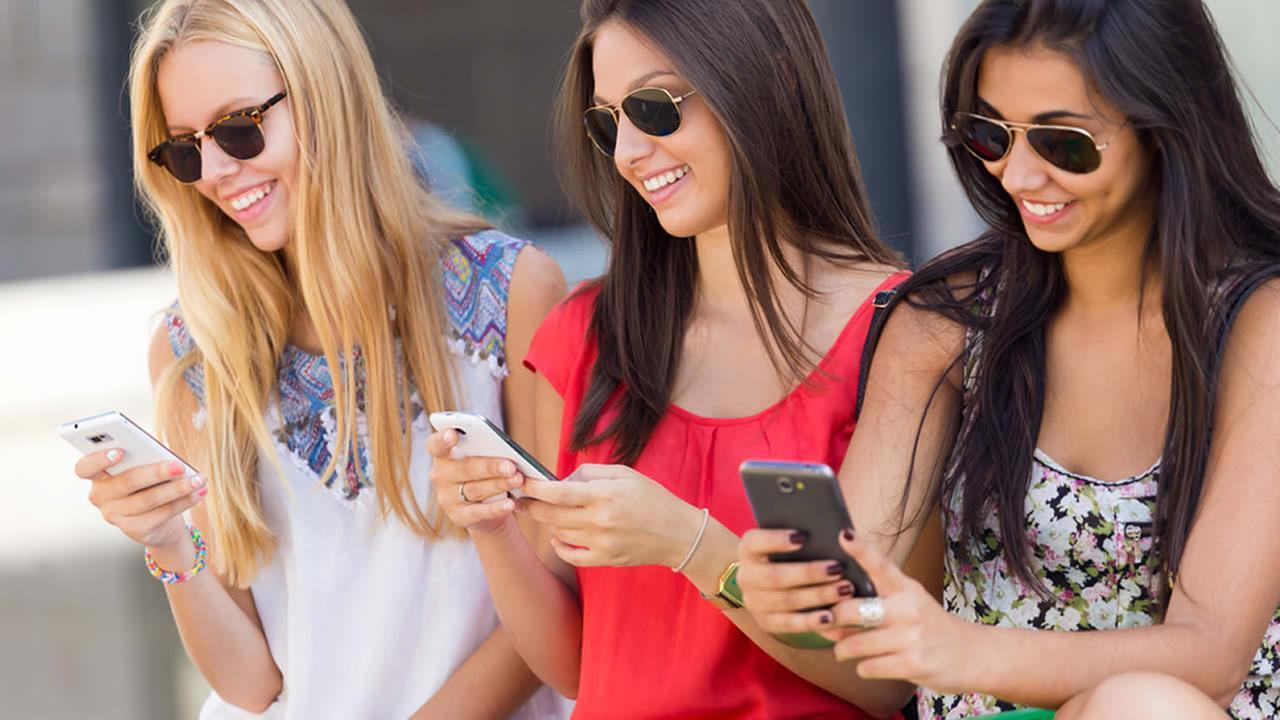 Лучшие смартфоны для женщин