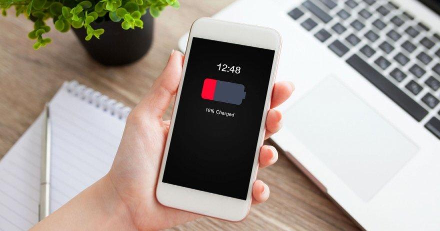 Лучшие смартфоны до 15 000 рублей с хорошей батареей на начало 2021 года