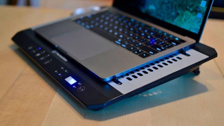 Лучшие охлаждающие подставки для ноутбуков 2021